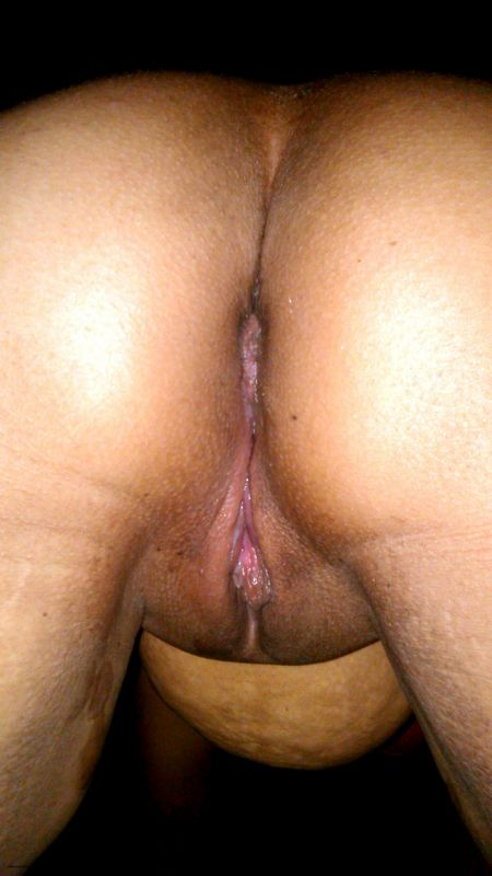 Indian Aunty Nude Showing Her Big Ass And Wet Pussy images
